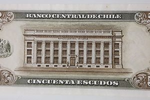 Extremely rare and valuable foreign banknotes of Chile (banking quality)-asd