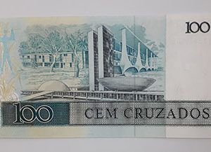 Foreign banknote of beautiful design of Brazil (banking quality)-gqg