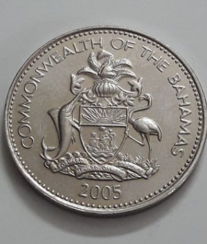 Foreign coin of the beautiful and rare design of the Bahamas in 2005-cwc