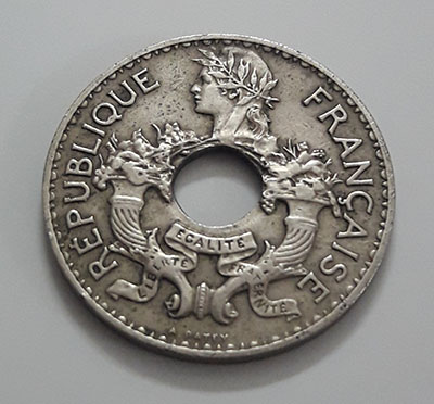 Extremely rare and valuable foreign coin from India, China, French colony in 1938-euu
