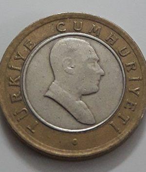 Foreign bimetallic coin of Turkey in 2005-cee