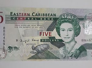 Extra Rare Collectible Foreign Banknotes of the British Caribbean Colony Picture of the Queen (Banking Quality)-iuy