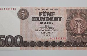 East Germany collectible banknotes (90% quality)-enn
