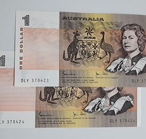 Collectible foreign banknote of the Australian Young Queen series-arq