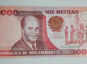 Collectible foreign banknote of the very rare and valuable type of Mozambique in 1991-awt