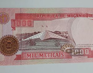 Collectible foreign banknote of the very rare and valuable type of Mozambique in 1991-taw