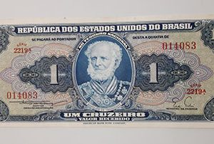 Collectible foreign banknotes of Brazil-awy