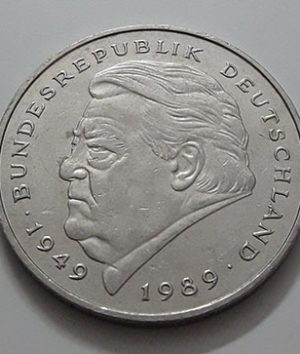 Foreign commemorative collectible coins of 2 German brands in 1989 (bank quality)-ayc
