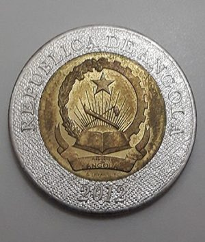 Two-metal collectible foreign coin of rare design in Angola in 2012-njj